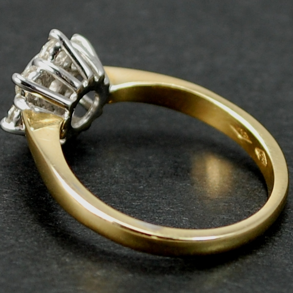 18ct Yellow Gold Cluster Diamond Ring in Modern Jewellery from Coopers Jewellery, North Devon