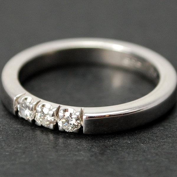 18ct White Gold Brilliant Cut 3 Stone 0.15 Carat Diamond Ring in Modern Jewellery from Coopers Jewellery, North Devon