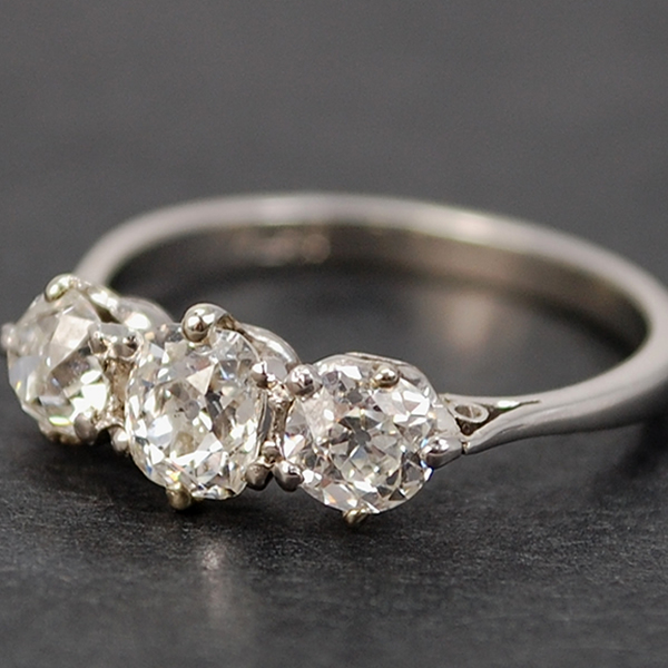 Art Nouveau Platinum 3 Stone Diamond Ring in Antique Jewellery from Coopers Jewellery, North Devon