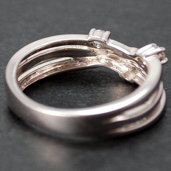 18ct White Gold 3 Stone Diamond Twist Ring in Modern Jewellery from Coopers Jewellery, North Devon