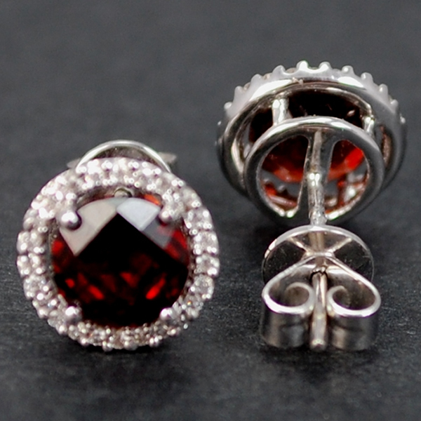 18ct White Gold Garnet and Diamond Cluster Stud Earrings in Modern Jewellery from Coopers Jewellery, North Devon