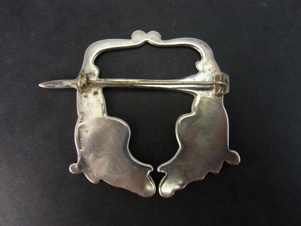 Vintage Scottish Silver IONA Kilt Pin Brooch in Vintage Jewellery from Coopers Jewellery, North Devon