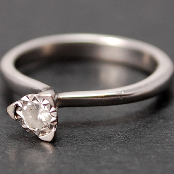 18ct White Gold Single Stone Diamond Ring in Modern Jewellery from Coopers Jewellery, North Devon