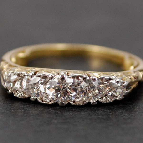 Victorian 18ct Yellow Gold 5 Stone Diamond Ring in Antique Jewellery from Coopers Jewellery, North Devon