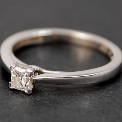 18ct White Gold Princess Cut 0.25 Carat Diamond Ring in Modern Jewellery from Coopers Jewellery, North Devon