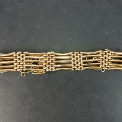 Victorian 9ct Rose Gold 5 Gate Bracelet in Antique Jewellery from Coopers Jewellery, North Devon